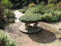 Herb_garden_sissinghurst